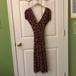 Cross-wrapped / surplice sleeveless dress